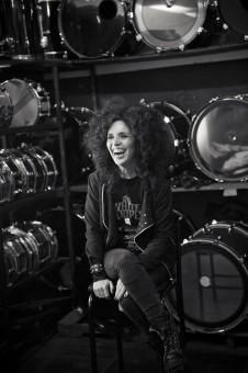 en el paraiso terrenal :drums all over the place