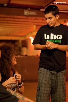 con mi hijo Pablo en camarines por Diego Fioravanti