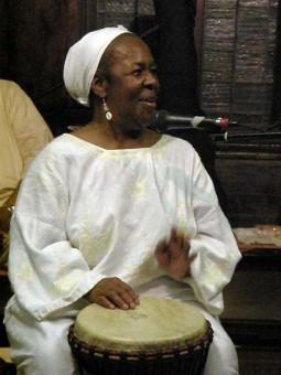 Edwina Lee Tyler, Maestra de Djembé