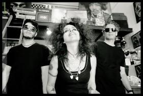 León,Lonnie y yo tocamos el 26 de abril en ULTRA