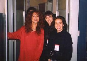 Con Patricia Sosa y Maria Epumer